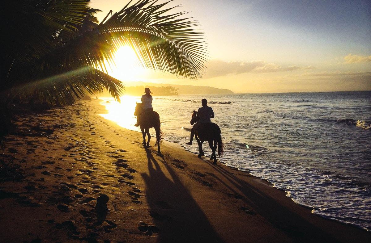 Millionaire Date Idea #3: Horseback Riding On The Beach